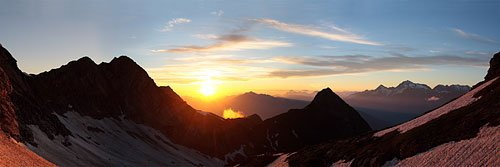 Панорама с хребта Аибга на закате