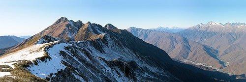 Панорама с хребта Аибга поздней осенью
