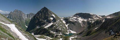 Панорама озера Верхний Кардывач