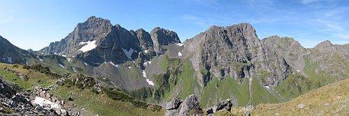 Панорама хребта Агепста