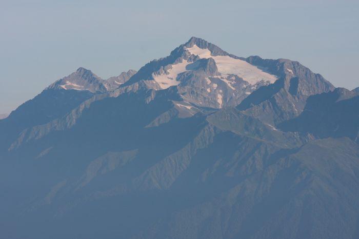 Чугуш и Малый Чугуш (2971 м)