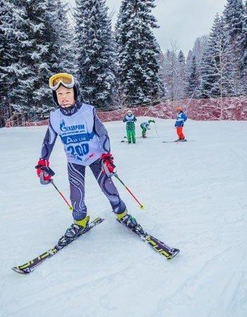 """Детские соревнования по горным лыжам на курорте """"Газпром"""""""