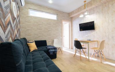 Солнечная квартира в центре Эсто-Садка