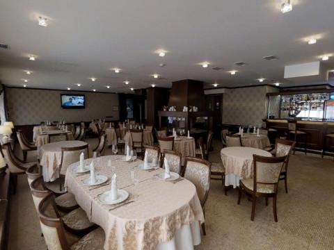 Ресторан в отеле Горная Резиденция