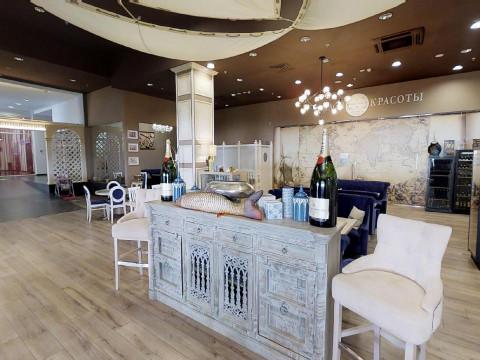 Интерьер ресторана Ален Росси в Красной Поляне