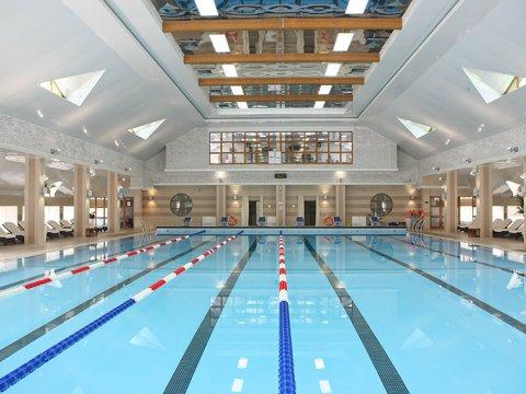 Крытый плавательный бассейн 25 м в горах Сочи