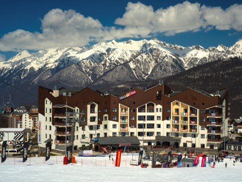 Rosa Ski Inn, главный корпус, зона ski-in/ski/out