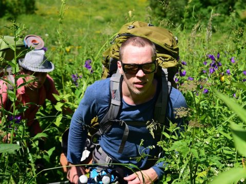 Опытный гид-альпинист в горы Красной Поляны