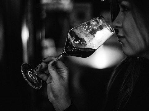 Вино, гастро-бар Станция, Роза Хутор, Красная Поляна, Сочи.