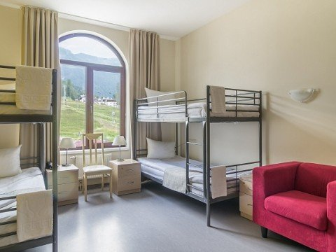 Четырех местные номера в отелеRiders Lodge, Роза Хутор, Красная Поляна, Сочи