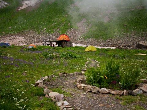 Camp 2050 спортивно-туристический лагерь в горах Сочи