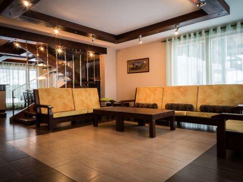 Хомутовский дворик гостинная зона