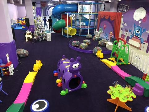 игровая зона в детском клубе Корпорация шалостей