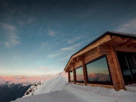Баня в горах Красной Поляны на Альпике