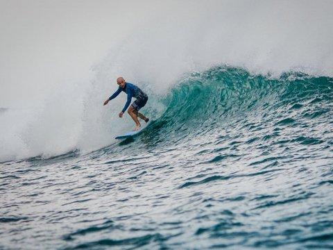 Саша Ильин на серфинге