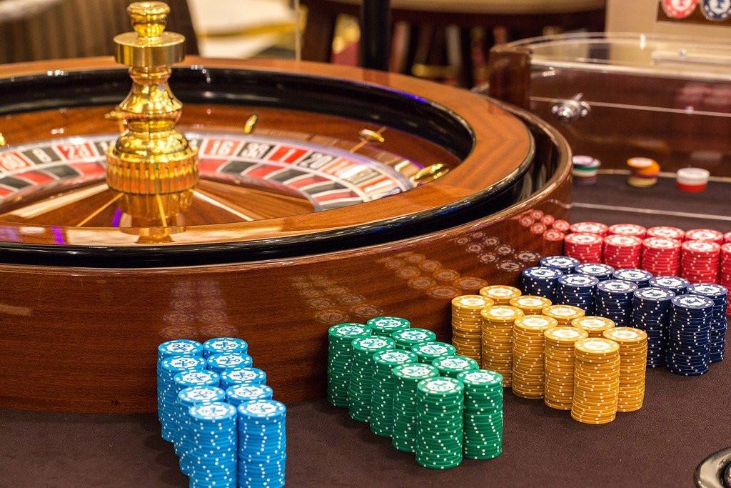 Казино рояль скачать торрент казино букет